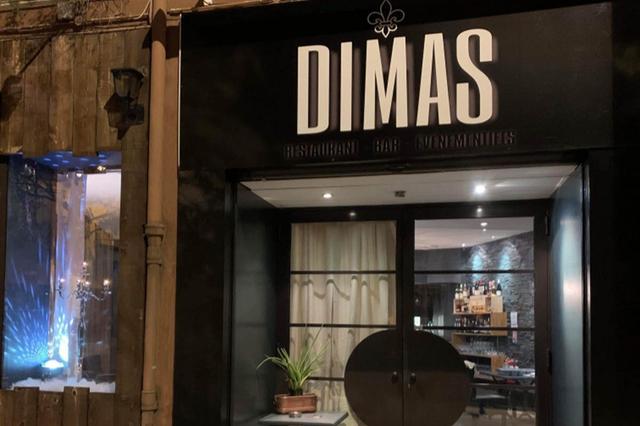Dimas Perpignan est un restaurant de viandes de boeuf, fraîches, mâturées avec un espace bar et des prestations pour des évènements privés.
